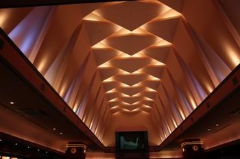 美術館の天井